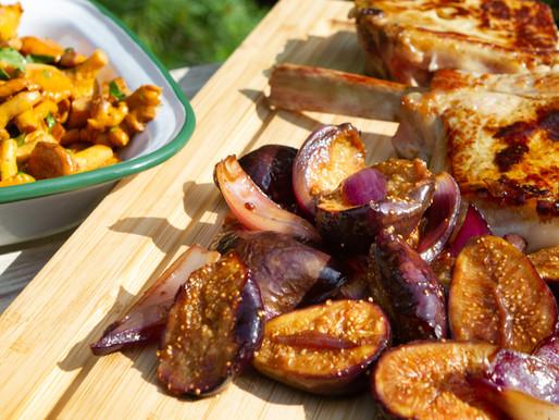 Côtes de veau, girolles et figues rôties au vinaigre balsamique