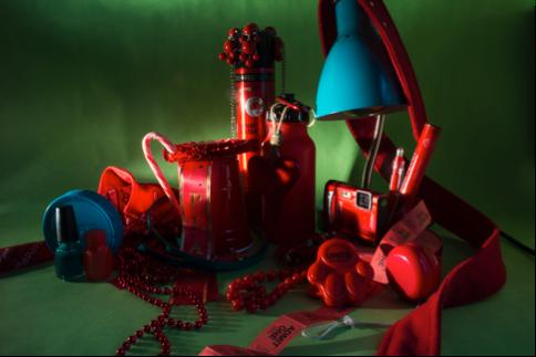 red still life v3