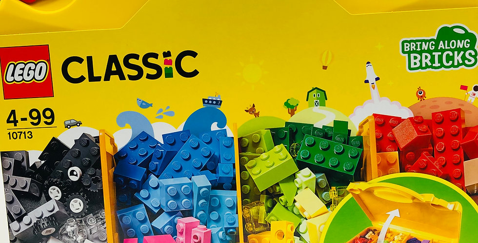 Classic Creative Suitcase Age 4+