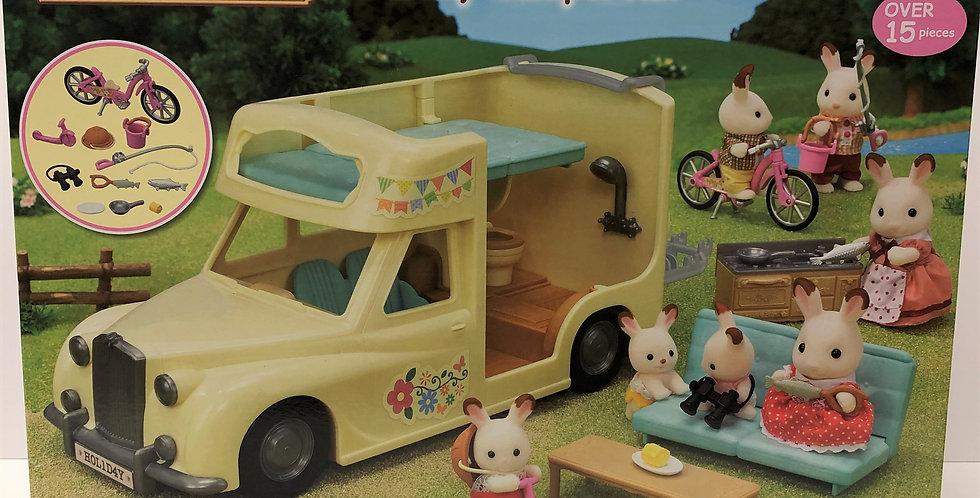 Sylvanian Families Camper Van Age 3+