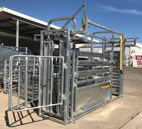 Senturion Steel Supplies Cattle Vet Crus