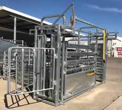 Senturion Steel Supplies Cattle Vet Crus