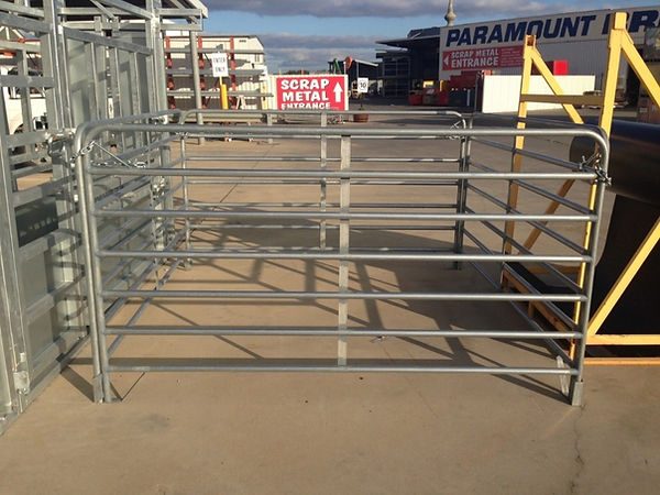 Senturion Steel Supplies Goat Panel with