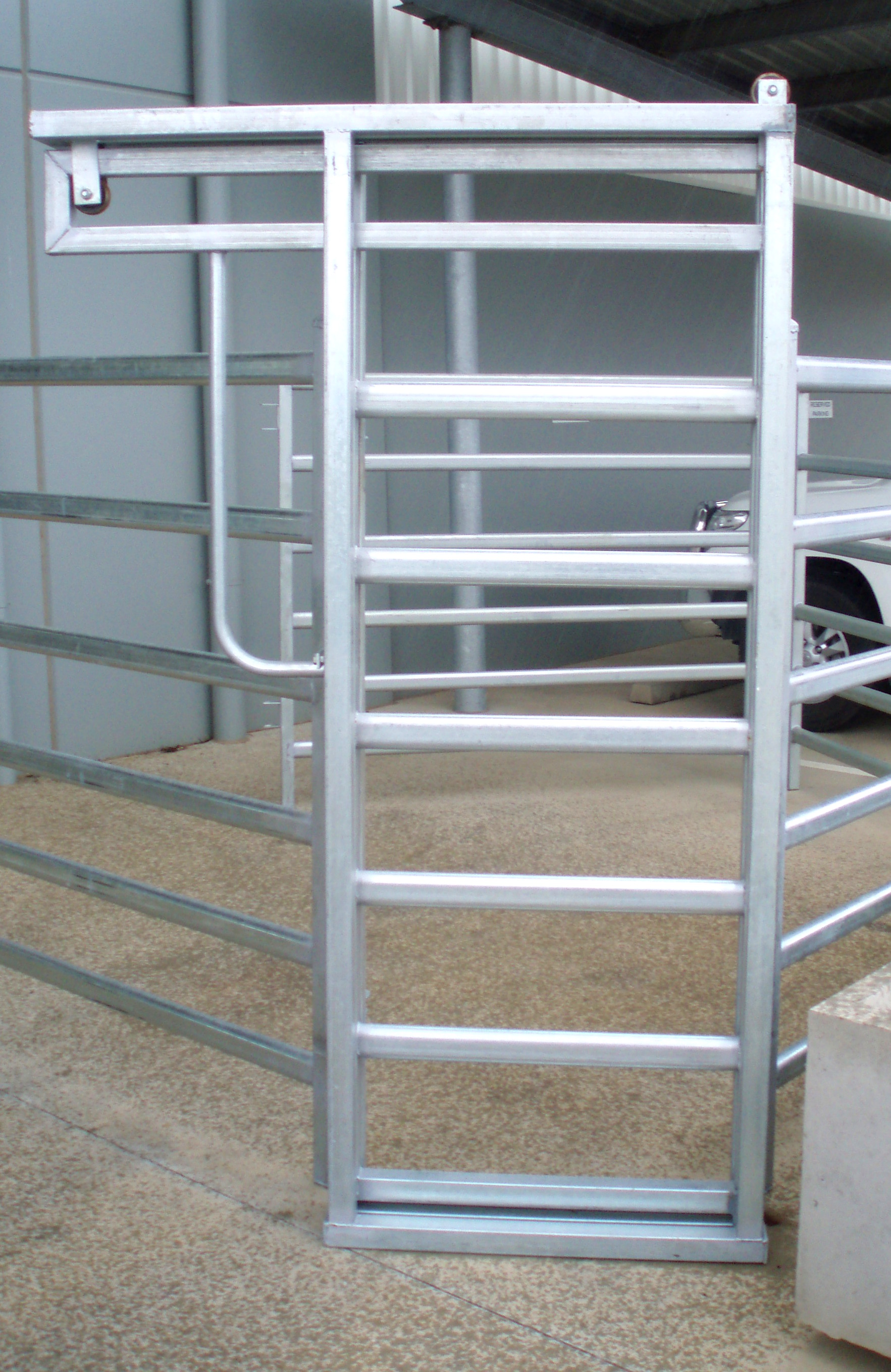 Senturion-Steel-Supplies-Slide-Gates-05.
