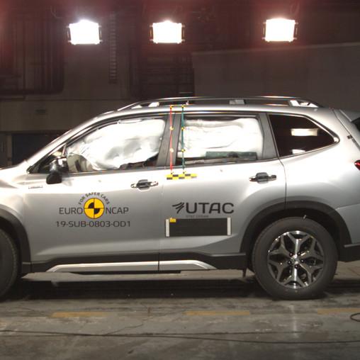 Nový Subaru Forester e-BOXER získal maximálne možné päťhviezdičkové hodnotenie v teste bezpečnosti.