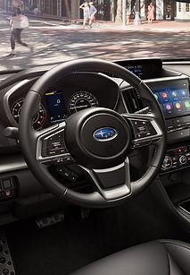 Subaru impreza e-boxer interier.jpg