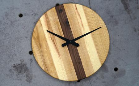 Kombinace dřevin (jasan + ořech na obrázku)