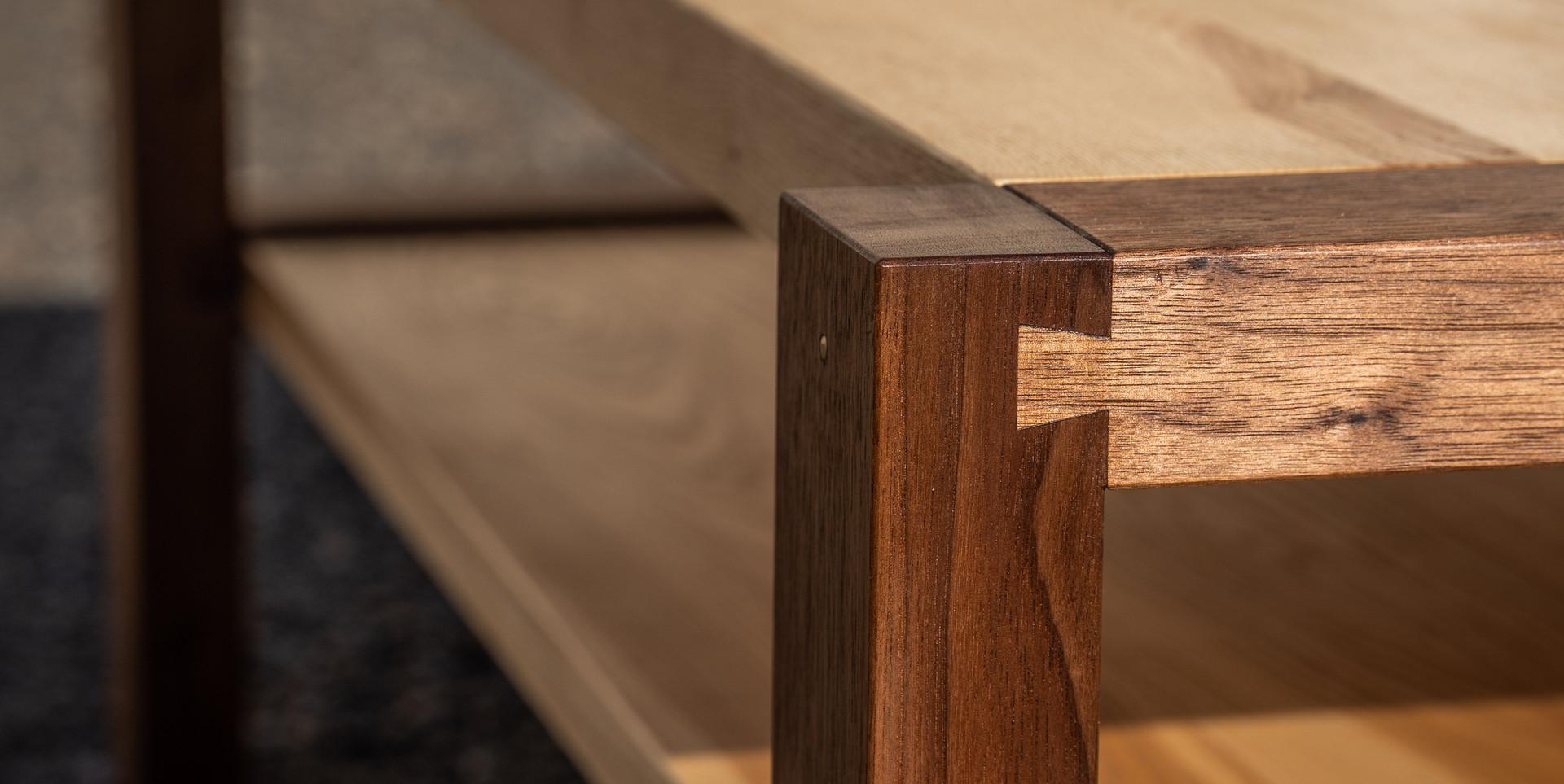 Konferenční stolek - černý ořech/jasan