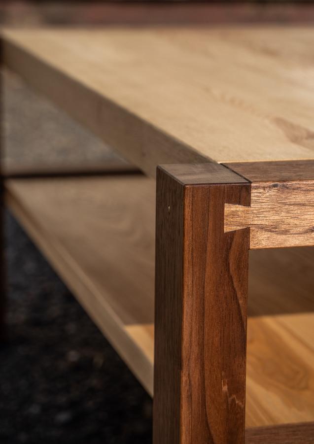 Konferenční stolek - černý ořech/jasan, olejováno