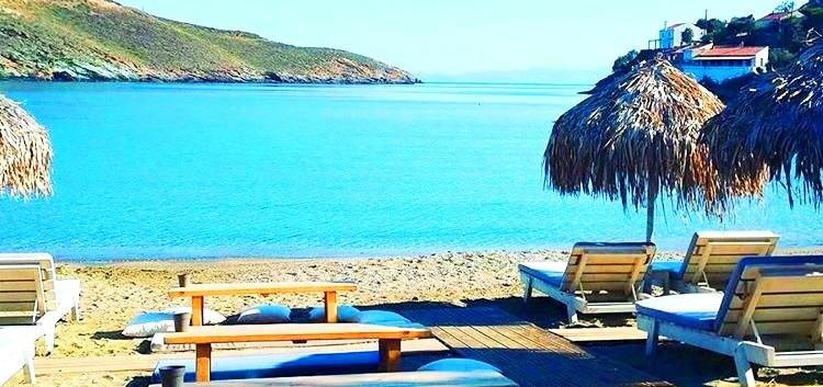Otzias beach 2min away