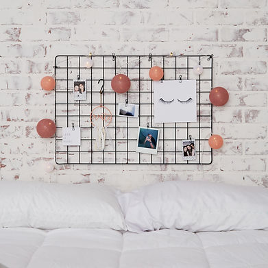 wall grid fourberry wire.jpg
