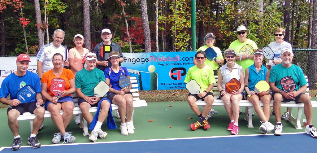 13 Advanced mixed doubles group.jpg