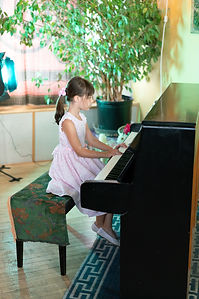Learn How to Play The Piano Montreal