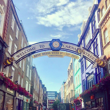 Carnaby Street Bees