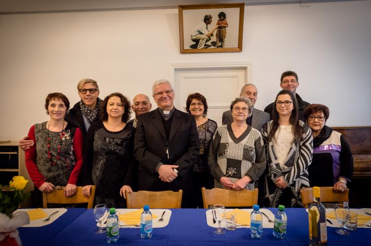 Visite de Mgr Beschi au Locle