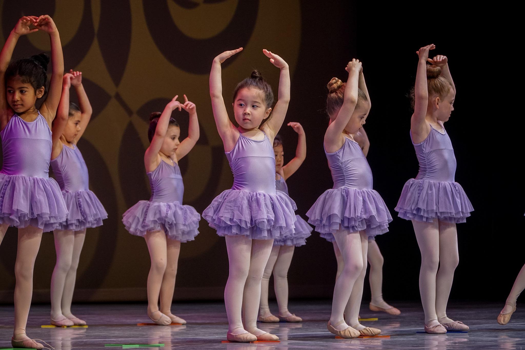 STARS-Tiny Dancers2019