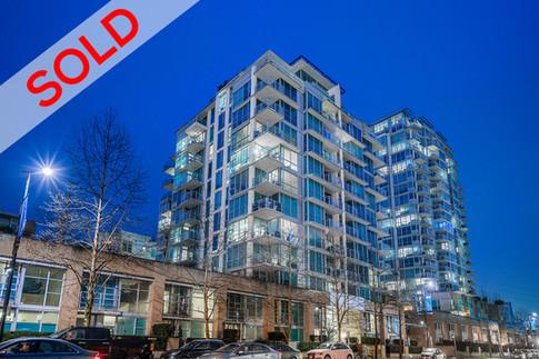1106 168 E Esplanade, North Vancouver | $748,000