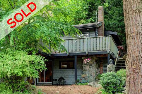 1312 Hillcrest Rd, Bowen Island | $499,000