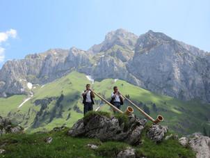 17.cor des alpes sous les cornettes.jpg