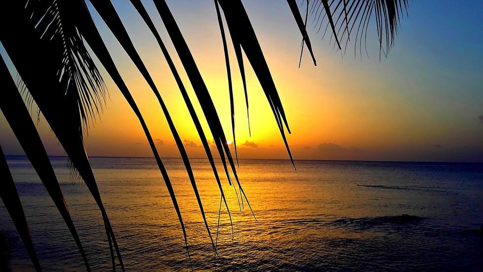 Coucher soleil Deshaies.jpg