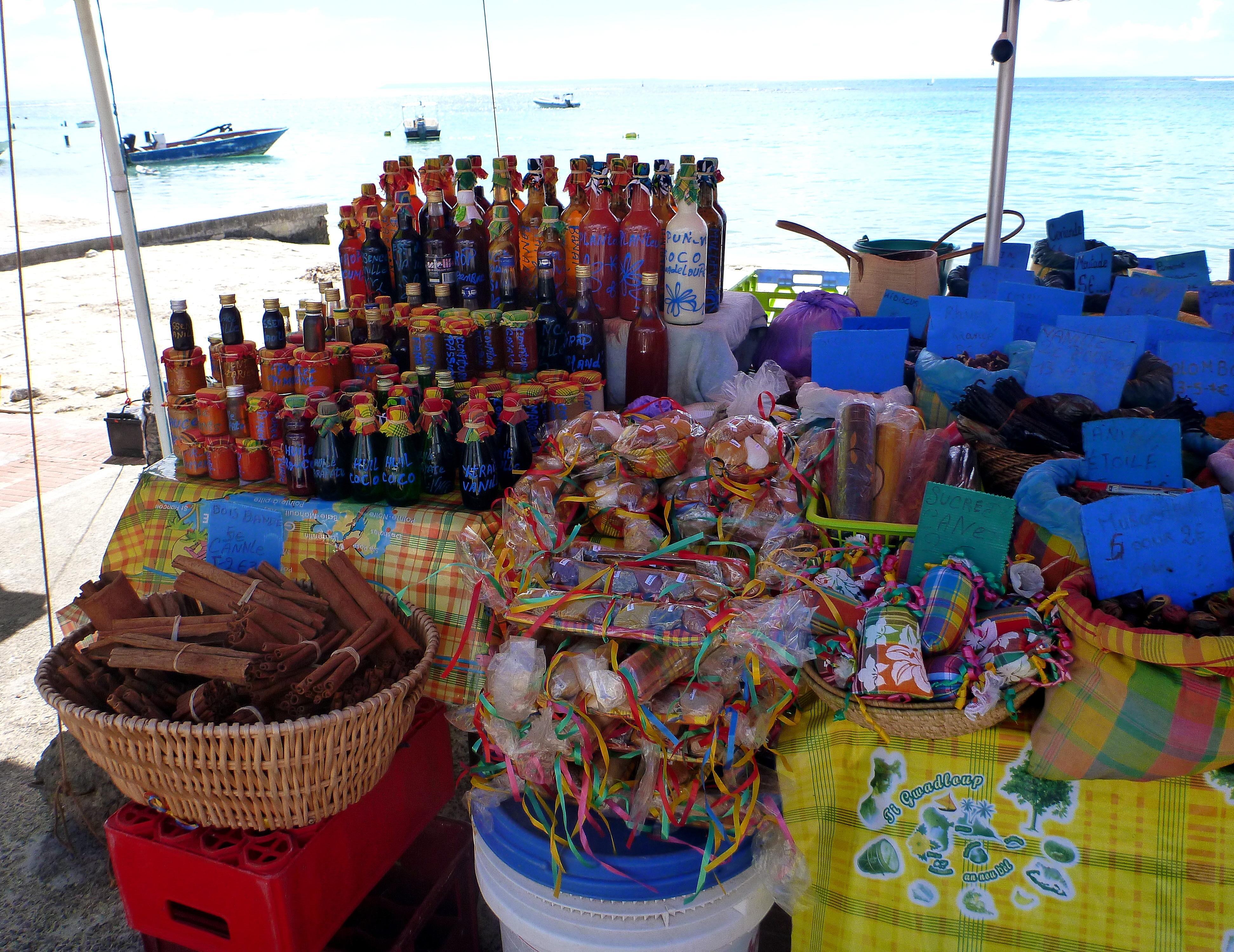 Anoli_Location_Marché_de_Sainte_Anne_Guadeloupe