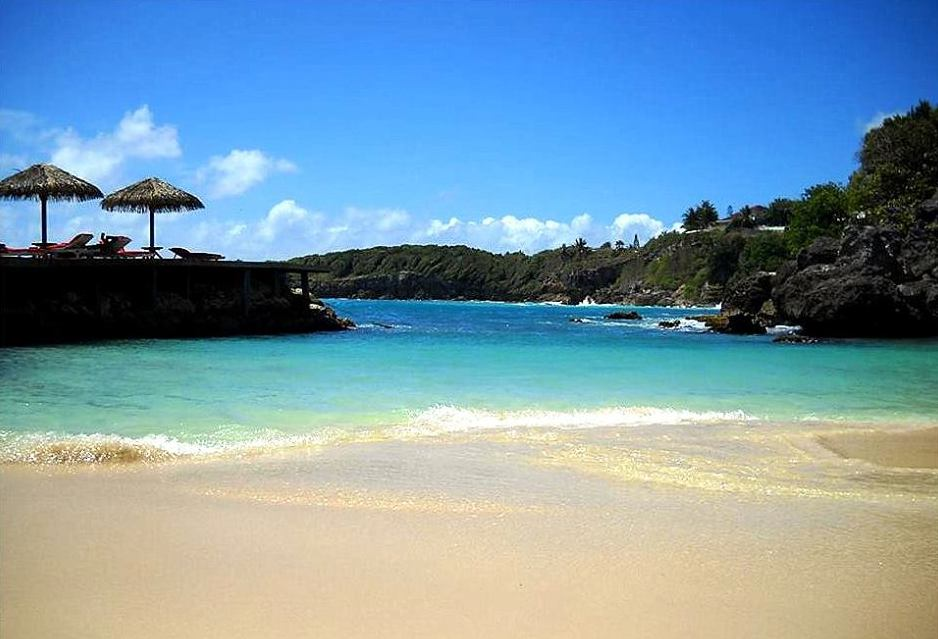 Anoli Location_Plage La Toubana_Sainte Anne_Guadeloupe