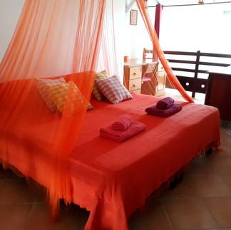 2ème chambre climatisée à l'étage (lits rapprochés)