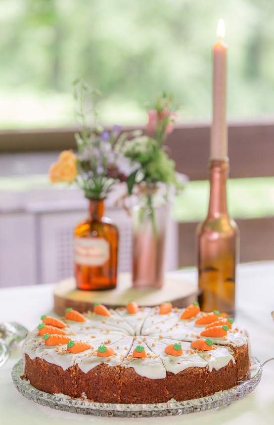 Hochzeitskuchen mit Hochzeitsdeko