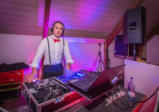 Hochzeits-DJ (Lars Leier, www.djlars-event.de)