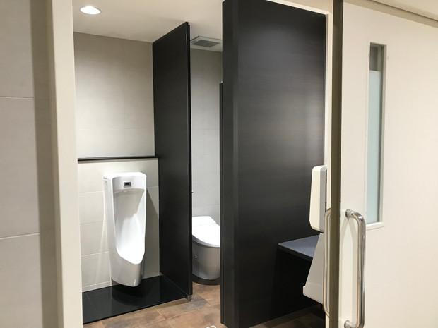 ショールームトイレ改修工事