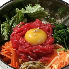 RAW BEEF BIBIMBAP 육회비빔밥