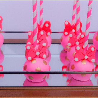 Minnie Cake Pop.JPG
