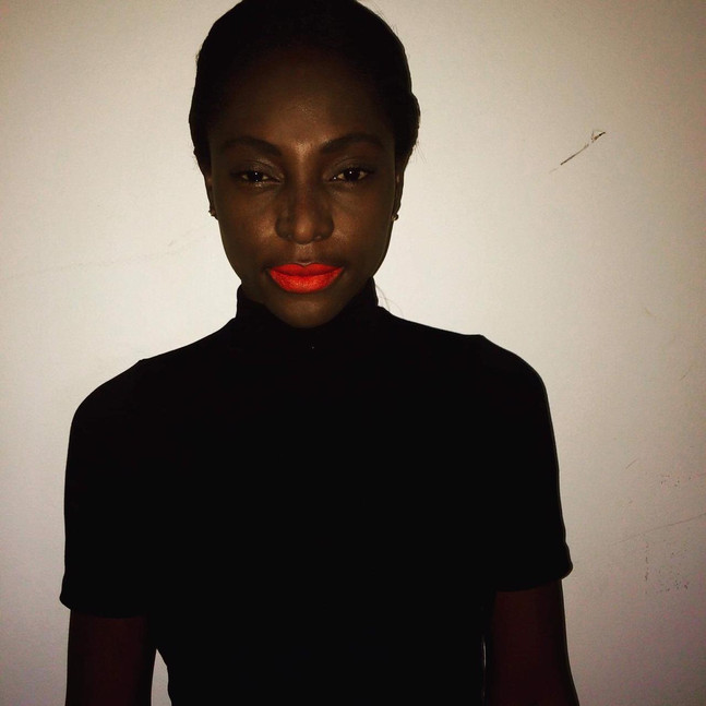 Maquillaje modelo afro