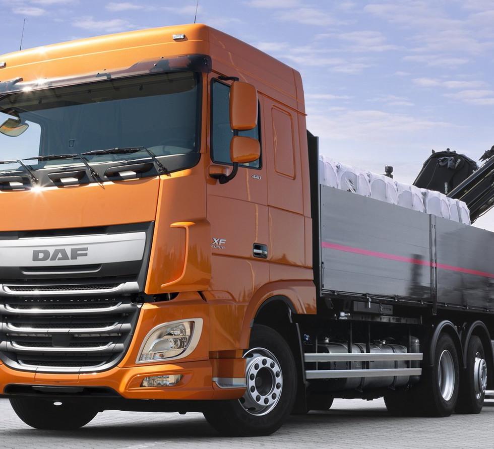 daf-xf-euro-6-camion.jpg