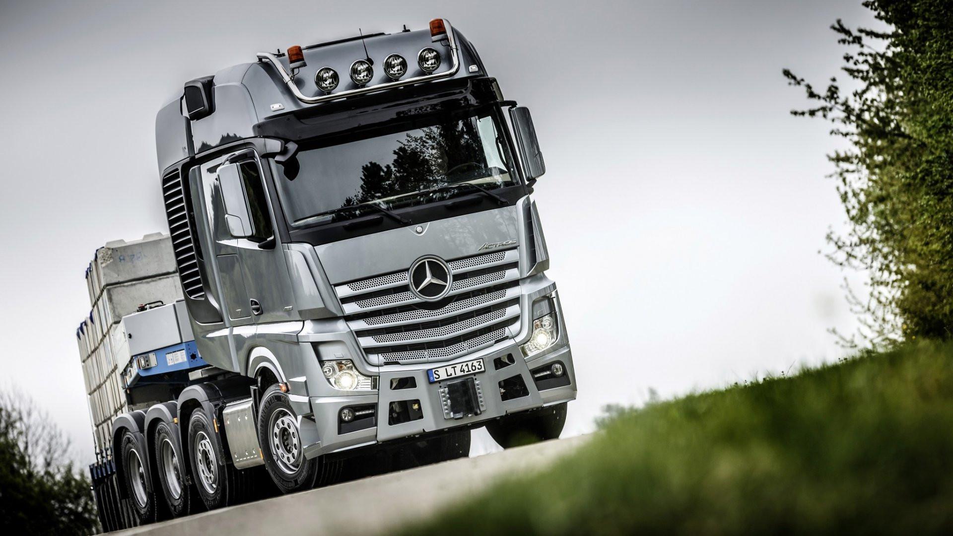 mercedes-benz-actros-4163-slt-camion.jpg