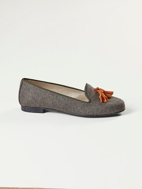 Lotte Khaki Flannel Tassel
