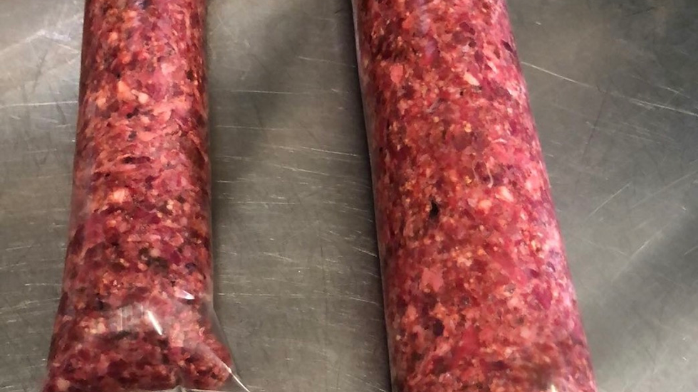 Raw tubes of minced beef scraps and ox heart  454g