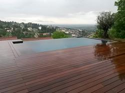 Plage de piscine Ipé Lyon