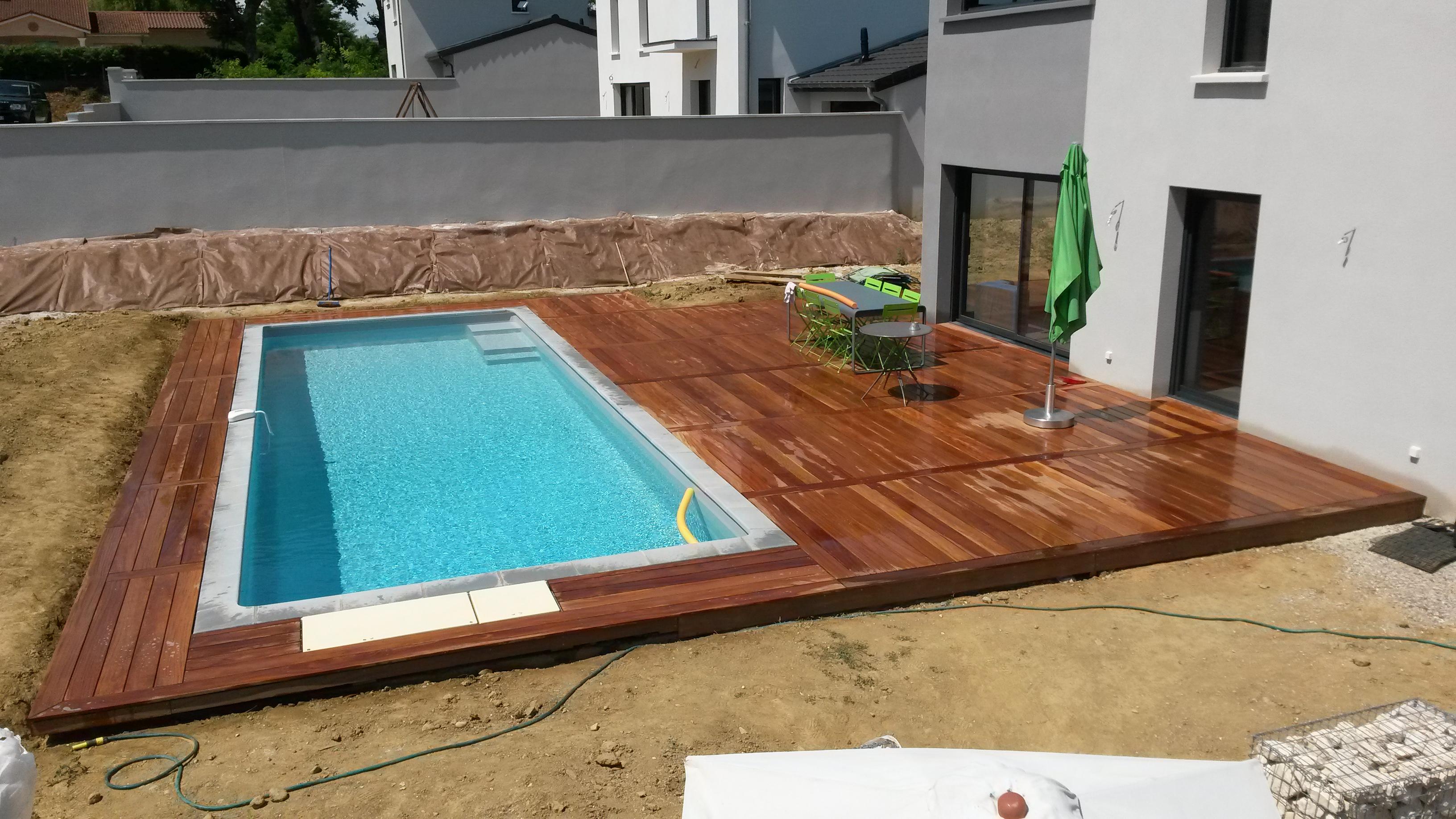 Terrasse de piscine Cumaru