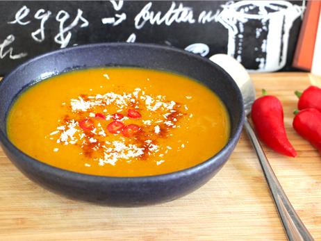 Pumpkin Apple Curry Soup