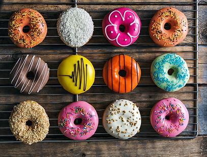 Красочные пончики