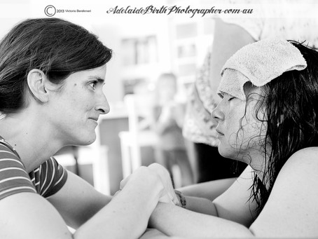 How to be a GREAT Birth Photographer? Raising the bar.