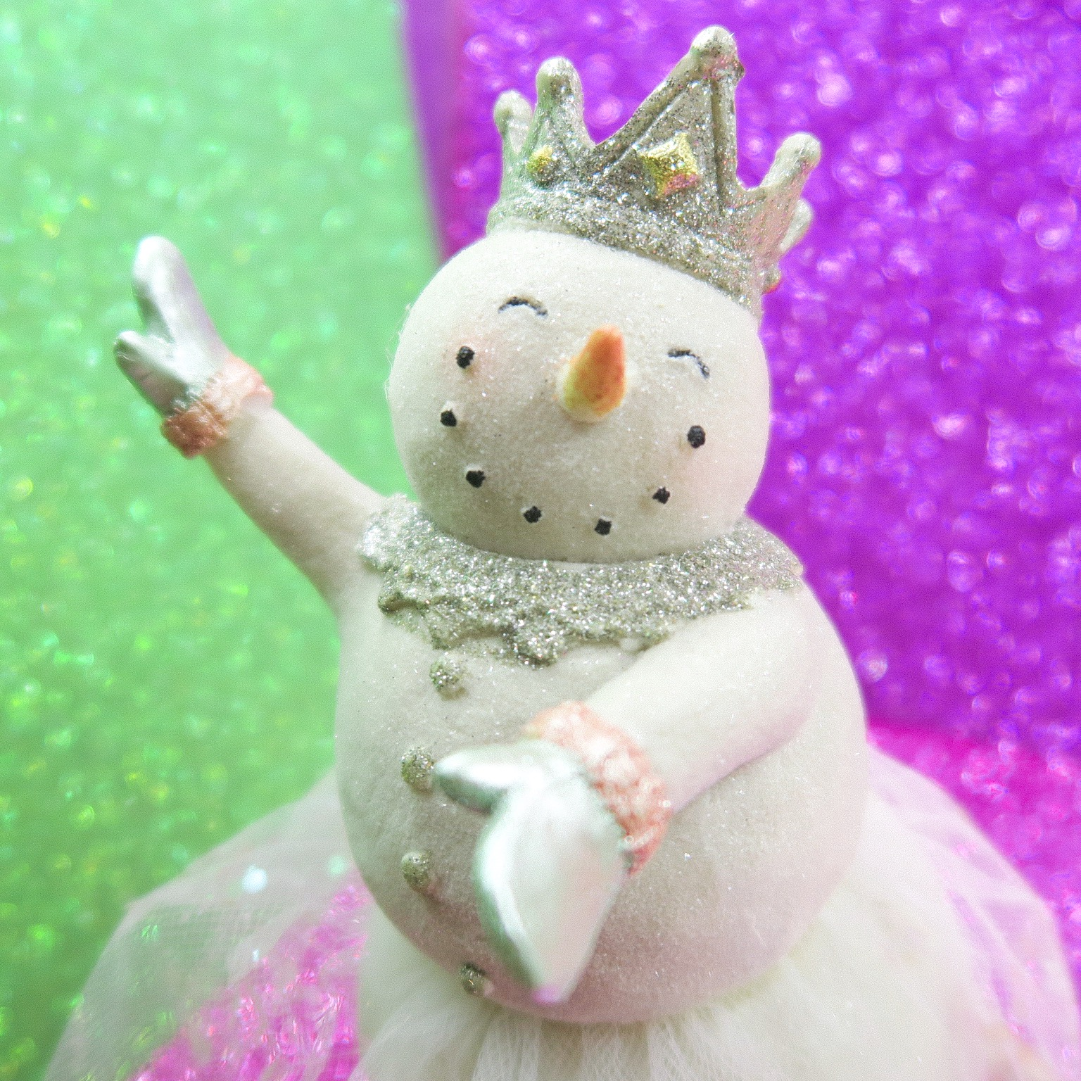 Lime and pink dancing snowmen