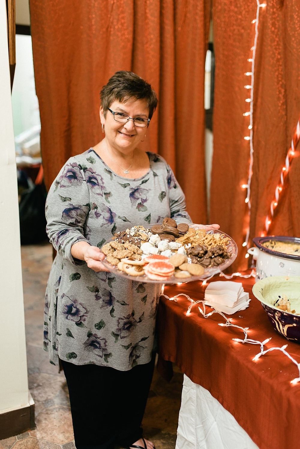 Jean Cobb bakes her famous desserts and Tinker Toffee