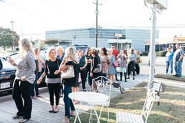 Shoppers waiting in line at the 2017 Holiday Bash at Tinkers in Richmond Virginia. Special thanks to Chelsea Schmidt Photography.