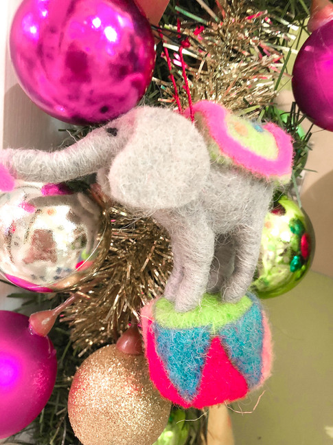 Baby elephant ornaments