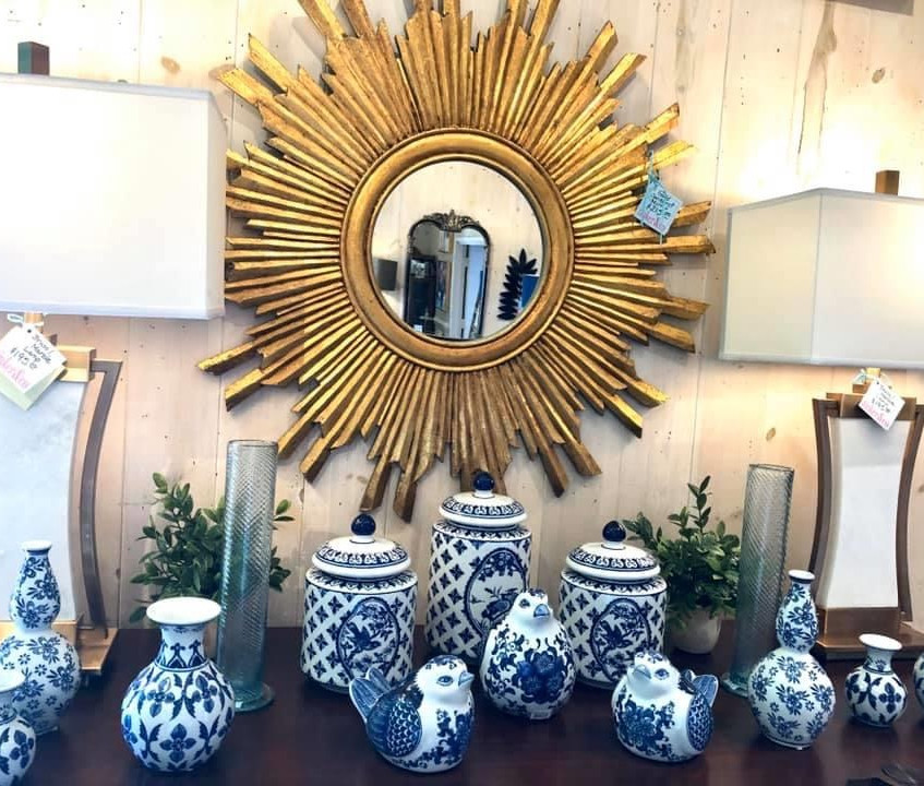 Trendy Golden Mirrors