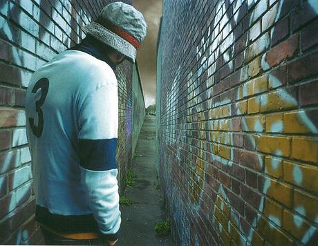 BOTTO&BRUNO - Guardando il muro.jpg