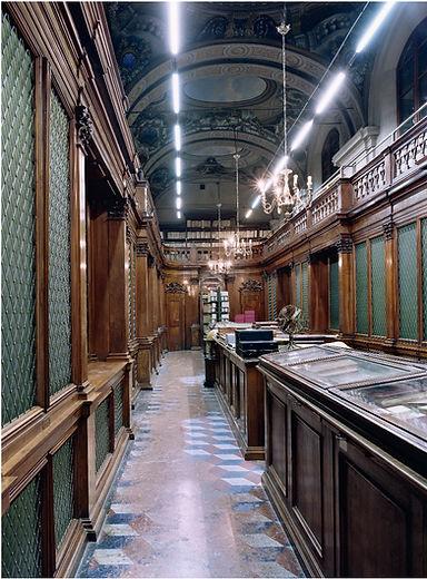 Candida Hoefer - Biblioteca Universitari
