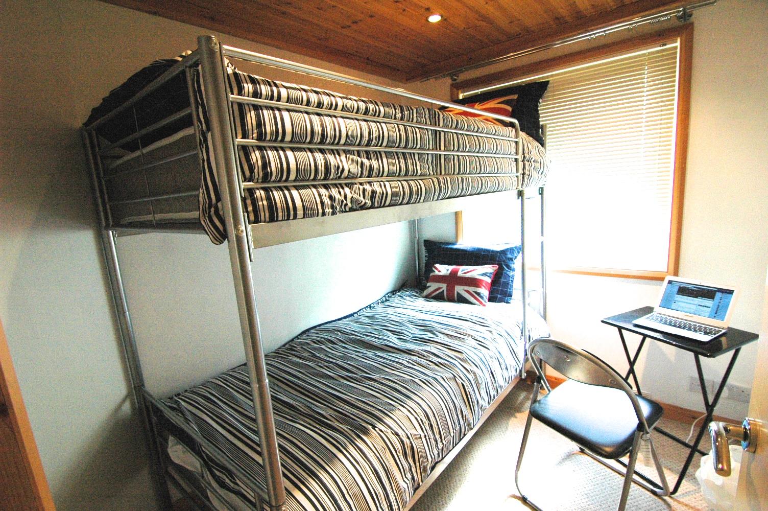 BUNK BEDS R3